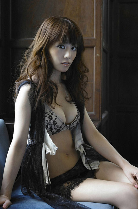 森崎友紀 (36)