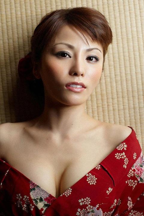 森崎友紀 (34)