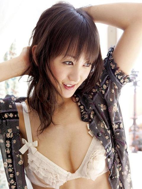 小松彩夏 (30)