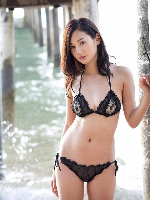 高嶋香帆 (30)