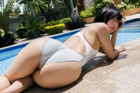 倉持由香 (43)