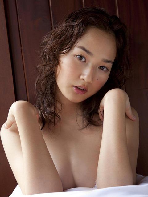 高嶋香帆 (25)