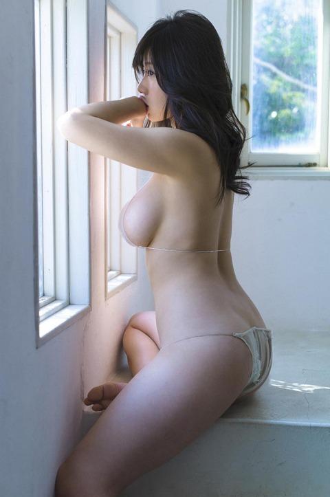 鈴木ふみ奈 (56)