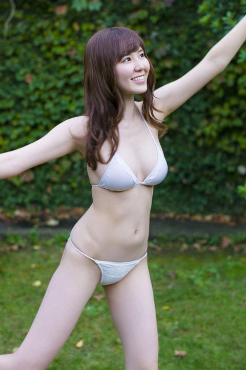金子栞 (20)