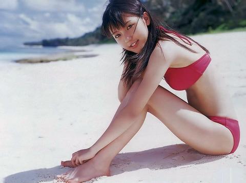 真野恵里菜 (23)