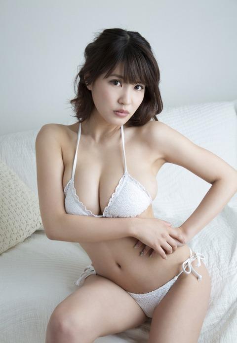 岸明日香 (25)