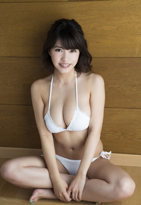 岸明日香 (30)