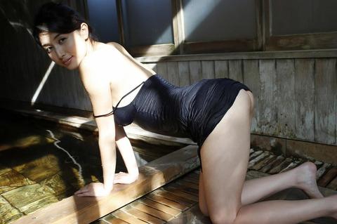橋本マナミ (45)