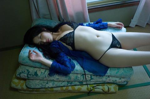 橋本マナミ (23)