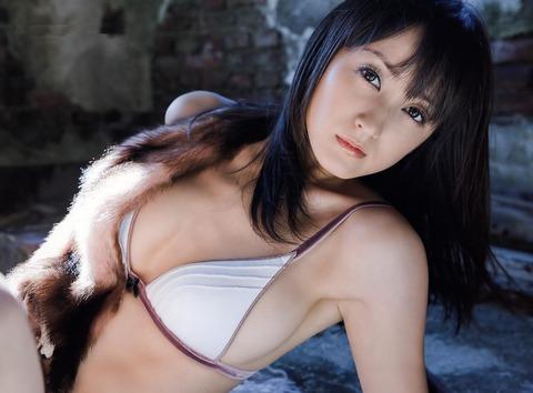 小松彩夏 (9)