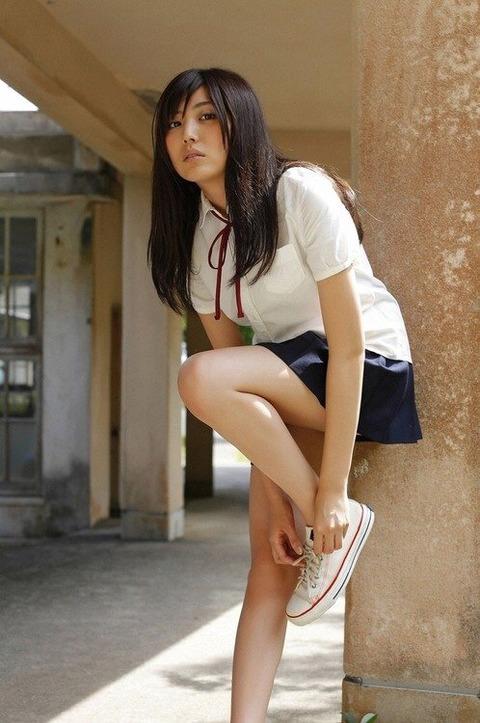 岩崎名美 (35)