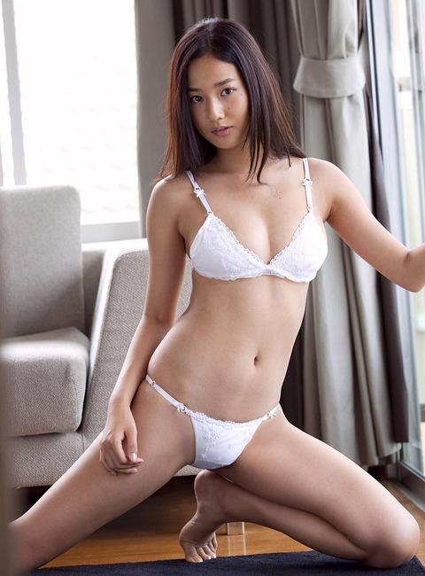 高嶋香帆 (26)