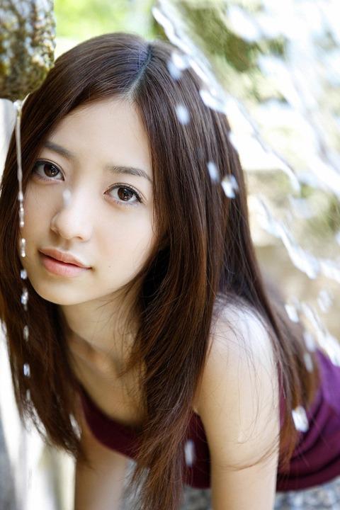 逢沢りな (5)