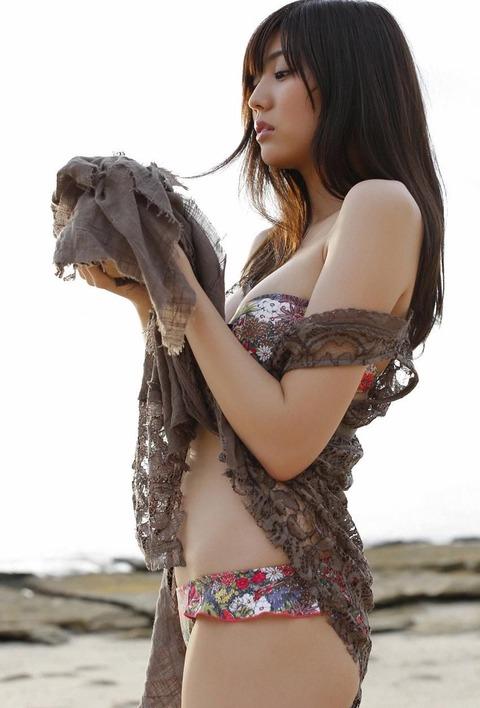 岩崎名美 (36)