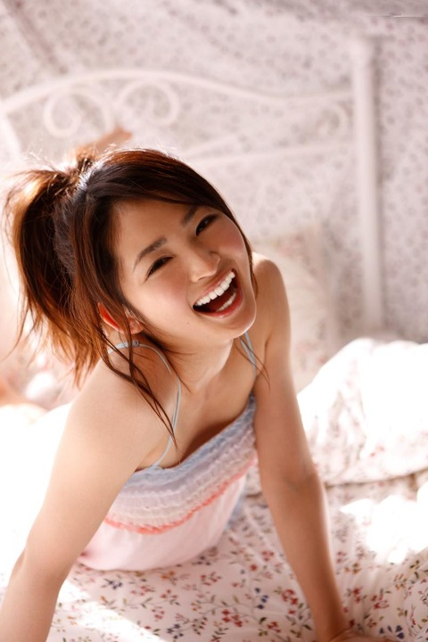 岡本玲 (26)