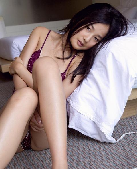 高嶋香帆 (45)