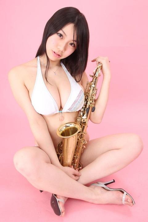 鈴木ふみ奈 (13)