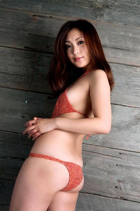 辰巳奈都子 (28)