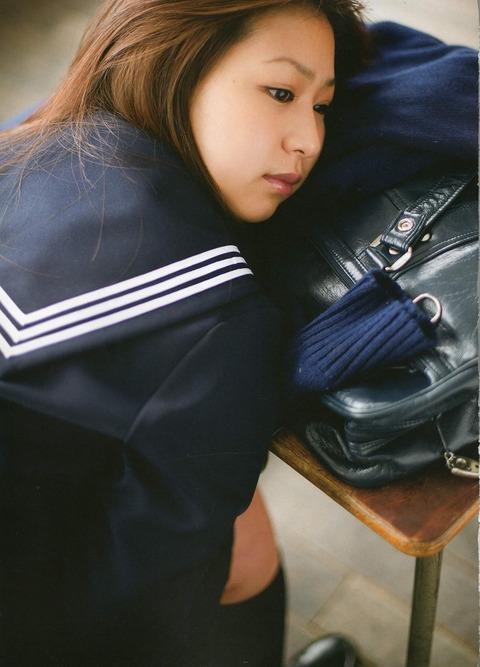 佐山彩香2 (36)