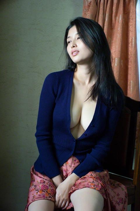 橋本マナミ (33)