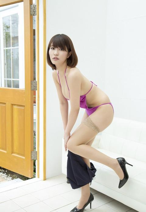 岸明日香 (12)