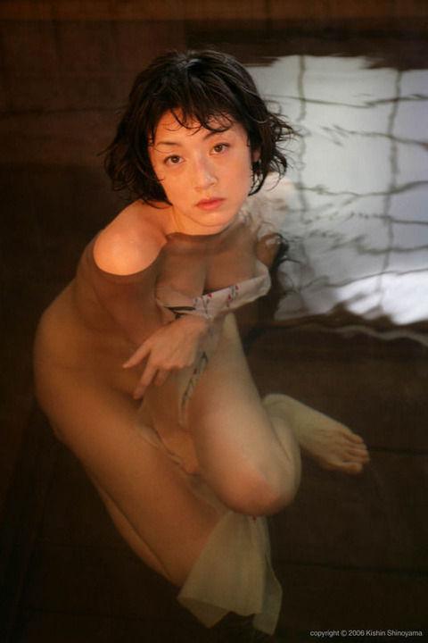 高岡早紀 (33)