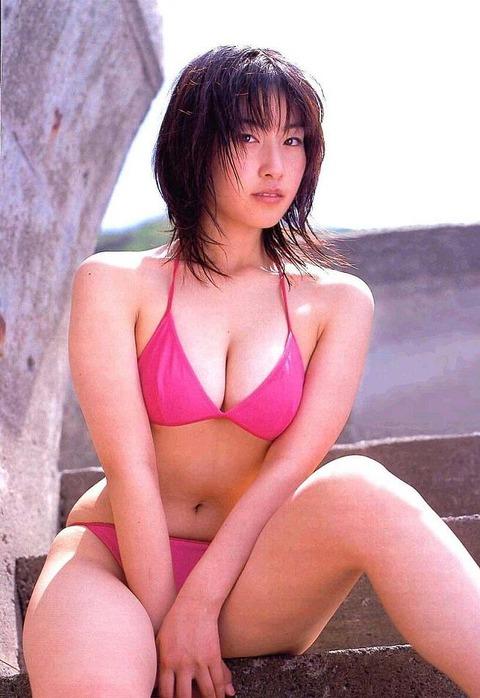 佐藤寛子 (5)
