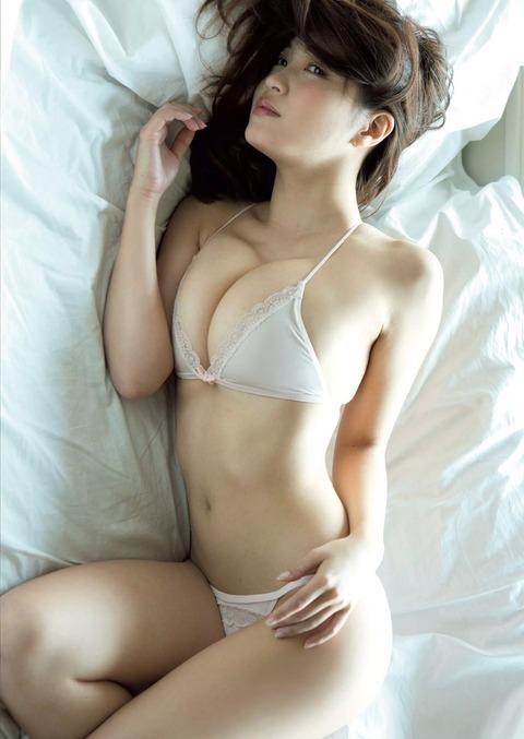 岸明日香 (39)