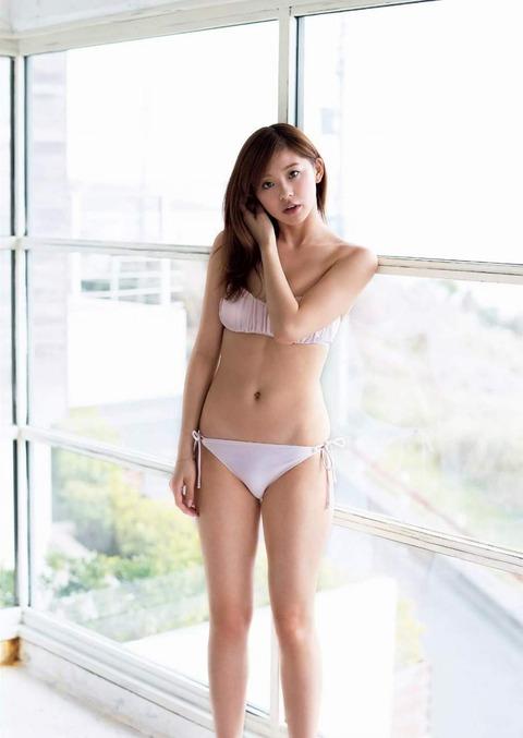朝比奈彩 (23)