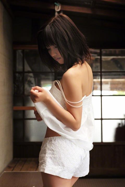 真野恵里菜 (13)