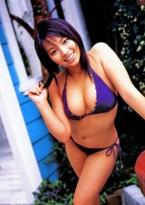 水崎綾女 (20)