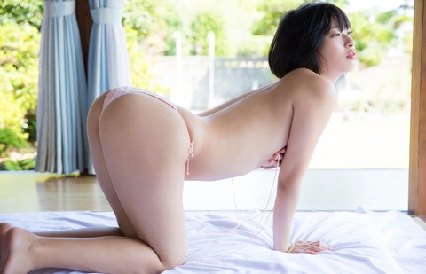 倉持由香 (27)