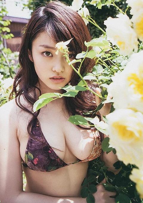 山地まり (29)