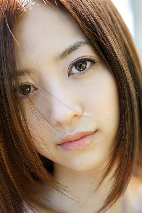 逢沢りな (9)