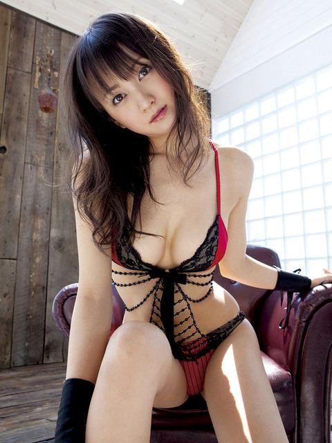 小松彩夏 (35)