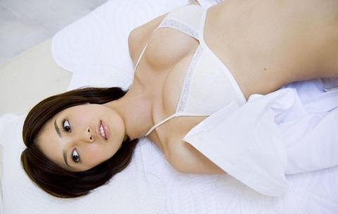 秦みずほ (38)