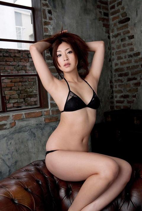 辰巳奈都子 (26)