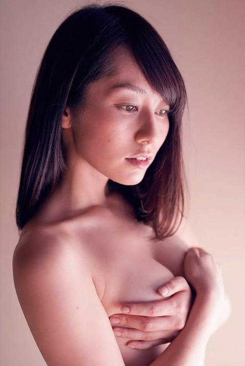 谷桃子 (1)