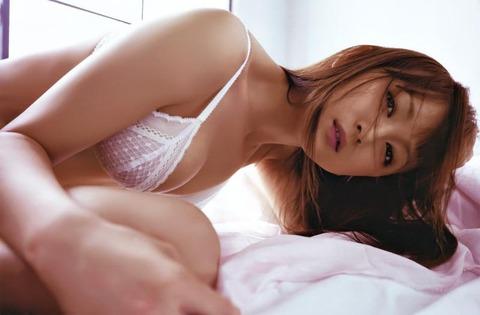 小松彩夏 (45)