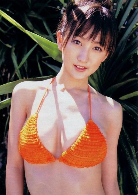 小松彩夏 (22)