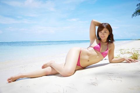 安枝瞳 (32)