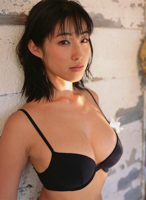 佐藤寛子 (43)