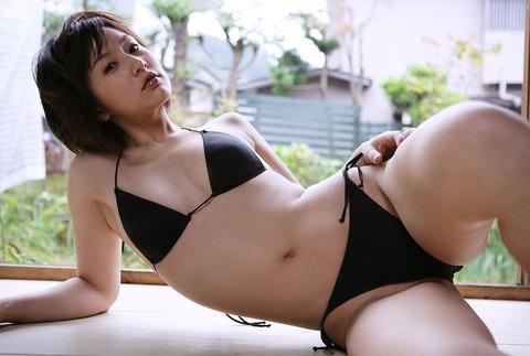 平田弥里 (37)