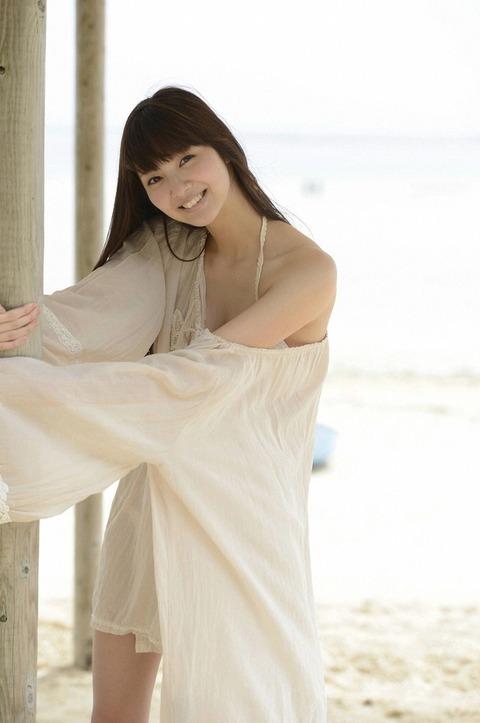 新川優愛 (26)