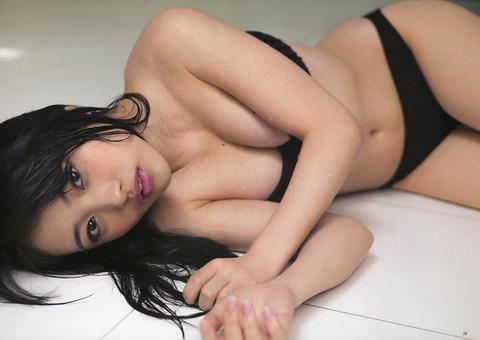 向井地美音 (43)