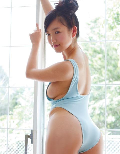 佐々木心音 (21)