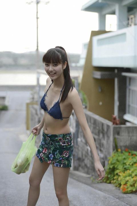 新川優愛 (18)