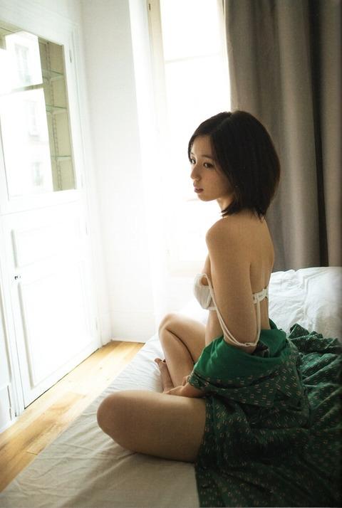 小池里奈 (27)