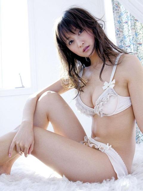 小松彩夏 (31)