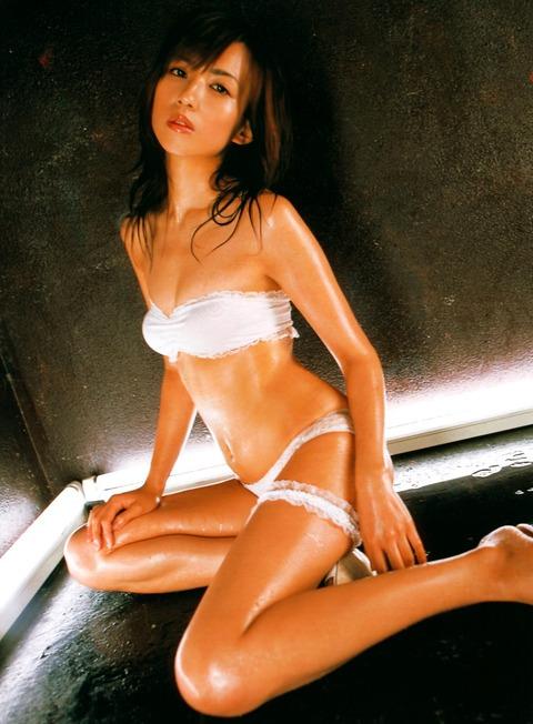 優木まおみ (37)